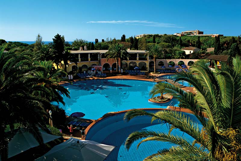 Forte_Village_Resort_Pools_1-800.jpg